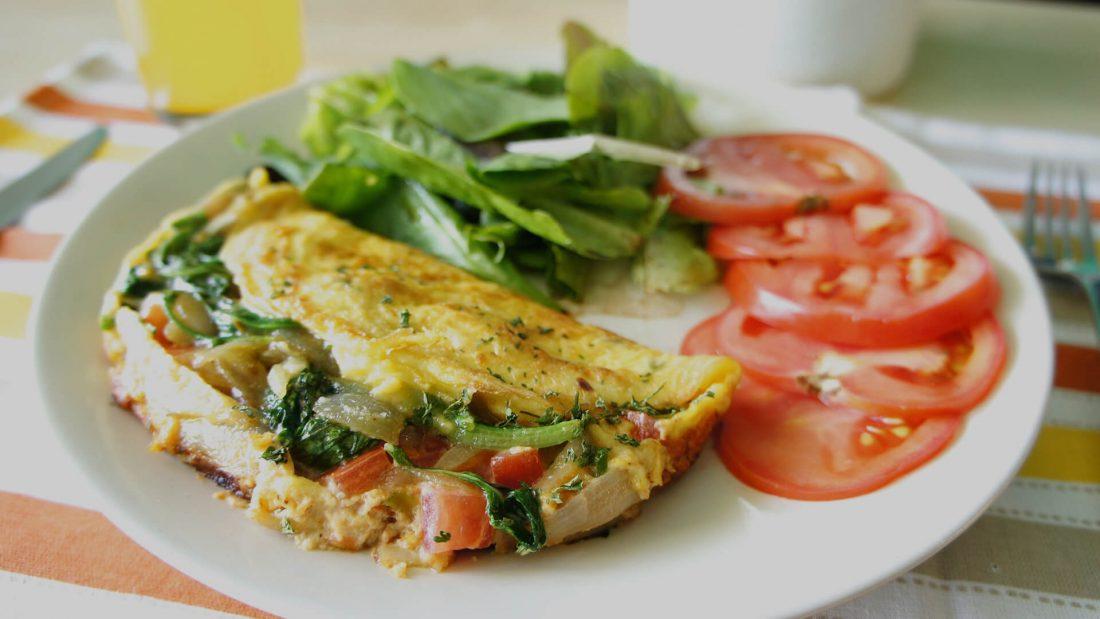 Vegetarian Omelette in 4 Minutes.